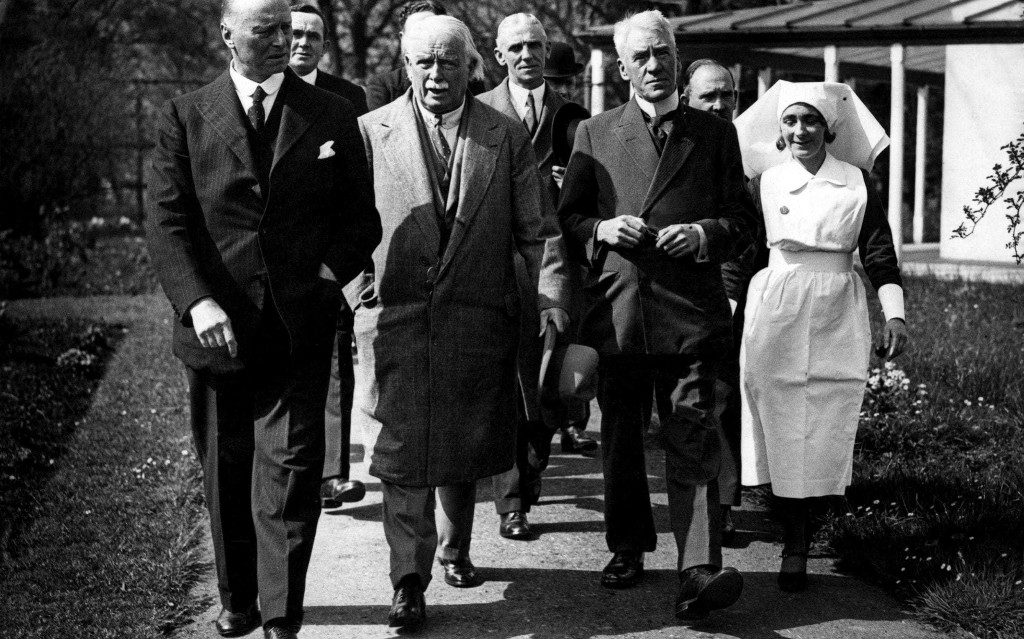 The British PMs forced to swap No 10 for a hospital ward
