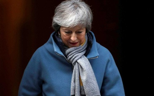Brussels heaps yet more pressure on Theresa May ahead of Brexit summit