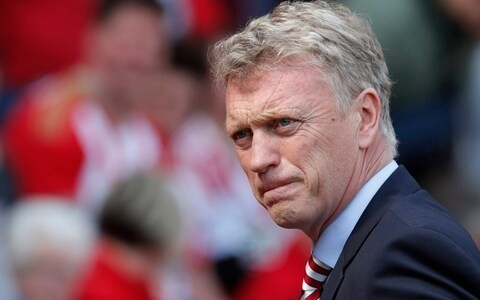 Everton facing conundrum as board considers David Moyes on interim basis as Carlo Ancelotti remains first choice