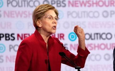 Boost for flagging Elizabeth Warren campaign as she wins backing of influential Des Moines Register