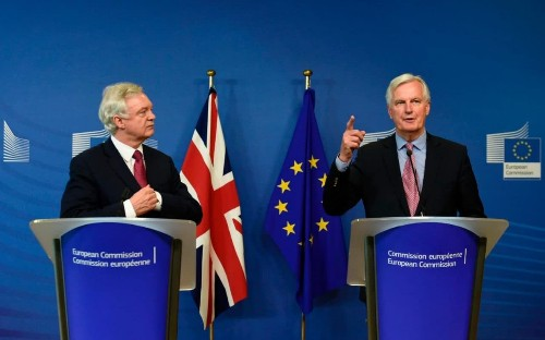 Economists fear EU talks at risk from UK government collapse