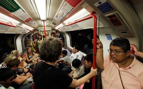 UK Heatwave: What are your rights on transport, in offices and at schools during hot weather?