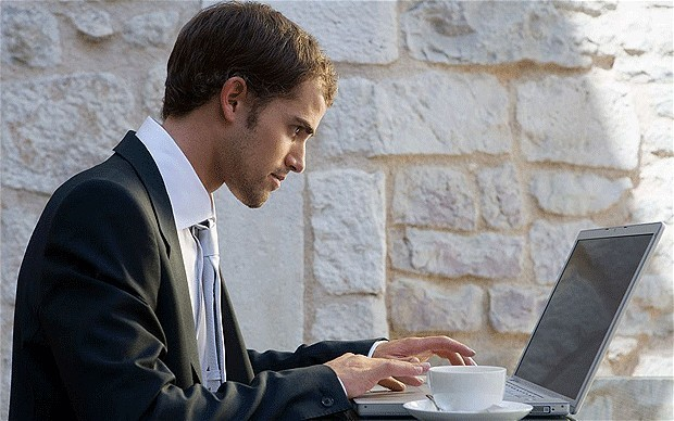 Third of UK workers dissatisfied with their internet connection