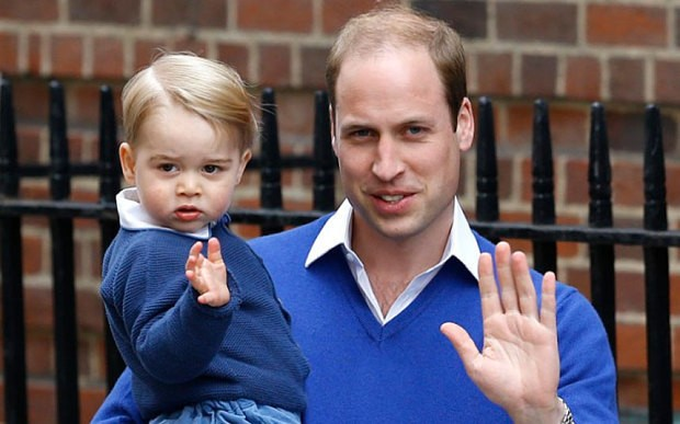 Prince George arrives at Lindo Wing to meet new sister