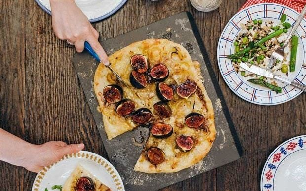 Fig and goat's-cheese pizza recipe