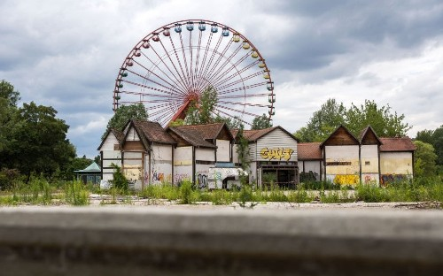 The world's eeriest abandoned theme parks