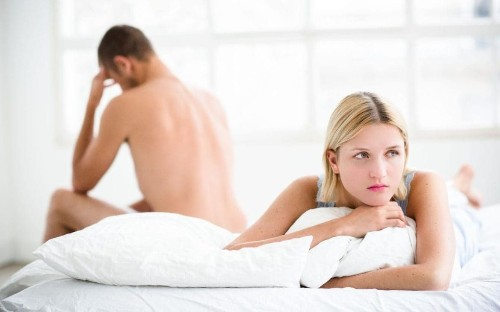 'Netflix cheating' and Whatsapp dodging: Are you guilty of these modern relationship crimes?