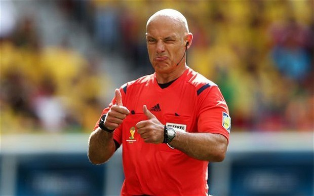 Brazil v Chile: Hosts furious at claims that Howard Webb will be under pressure to let them win
