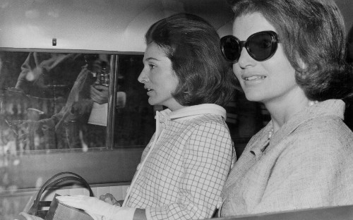 Lee Radziwill, Jackie Kennedy's younger sister dies aged 85