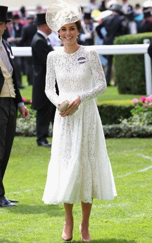 The Duchess channels My Fair Lady at Ascot in Dolce & Gabbana white lace dress