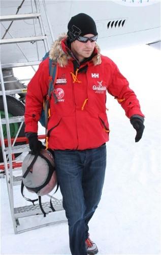 Prince Harry arrives in Antarctica for start of polar trek