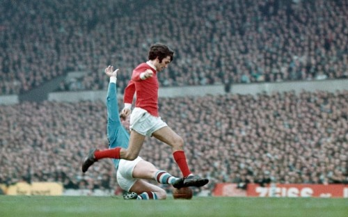 Six of One - Iconic Manchester derby pictures ... and the stories behind them