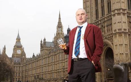 Al Murray election Q&A: 'I'd make smoking in pubs compulsory'