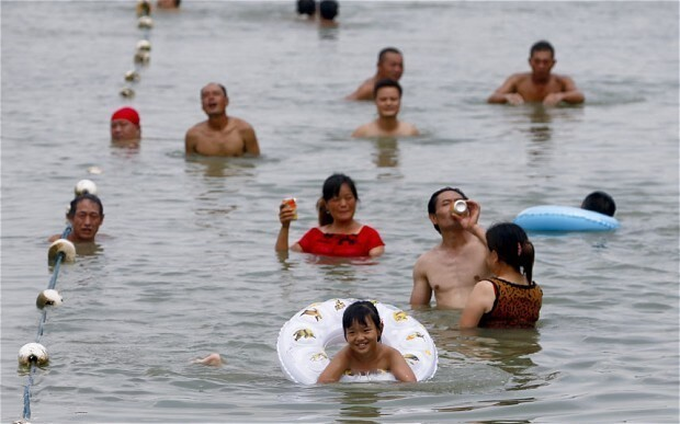 10 die in record Shanghai heatwave