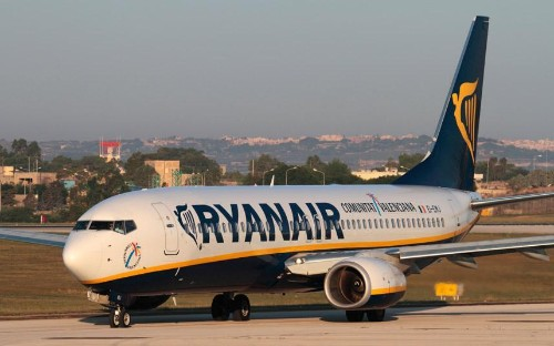 Ryanair hits out at 'internet trolls' in war of words with pilots