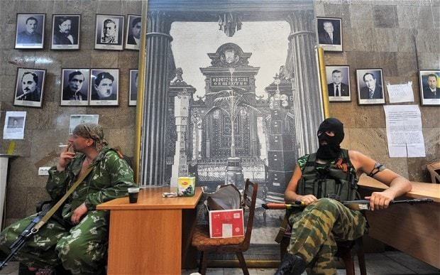 Ukraine's first victory over eastern rebels leads Russia to show its hand