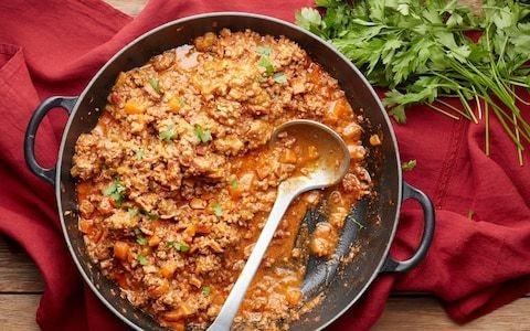 Bolognese ragù sauce recipe