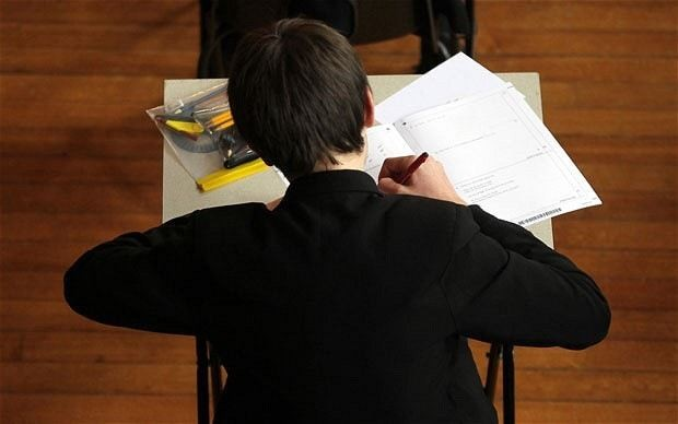OECD: English pupils 'more practical than academic'