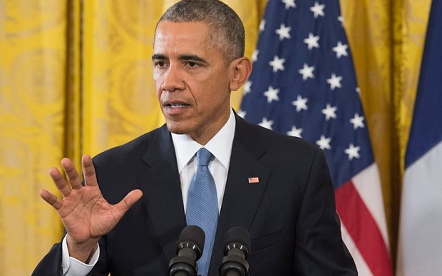 Barack Obama plan to defeat Isil dismissed by US intelligence experts
