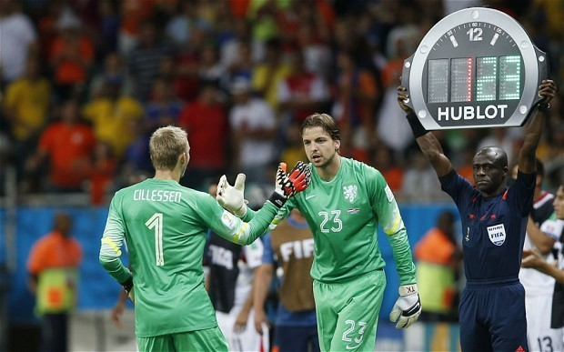 Tim Krul's penalty shootout role was a secret from Jasper Cillessen, reveals Holland coach Louis van Gaal