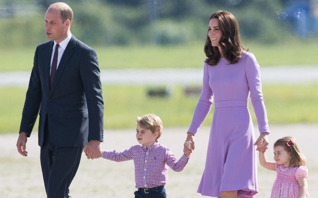 Duke and Duchess of Cambridge and children fly to Scotland via £73 Flybe flight after royal private jet row
