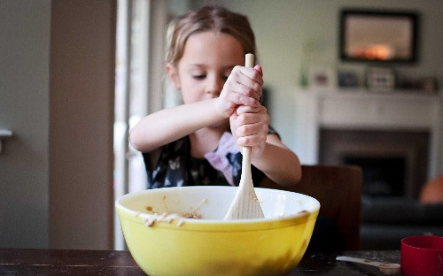 Make it fun and easy – the 5 best recipes to get children into cooking during the lockdown
