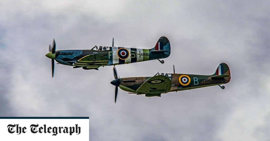 Spitfire flypast at Dame Vera Lynn funeral, in pictures