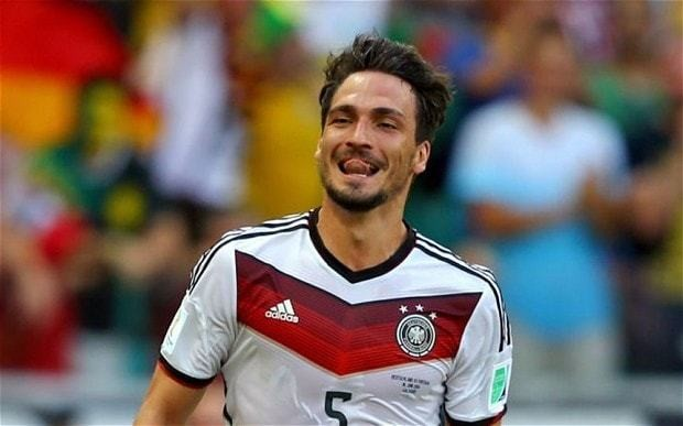 Germany's Mats Hummels admits he'd like to play for Manchester United one day