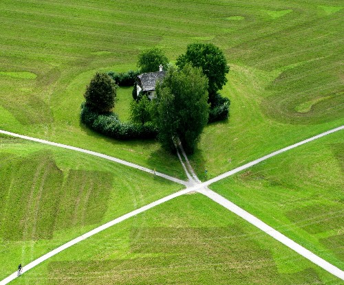 15 breathtaking photographs of the world from above