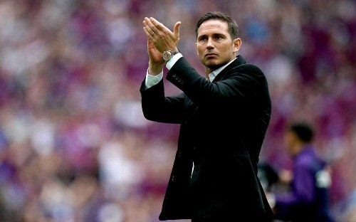Chelsea poised to offer Frank Lampard chance to return as manager