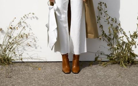 How to shop for wear-everywhere winter boots on a budget