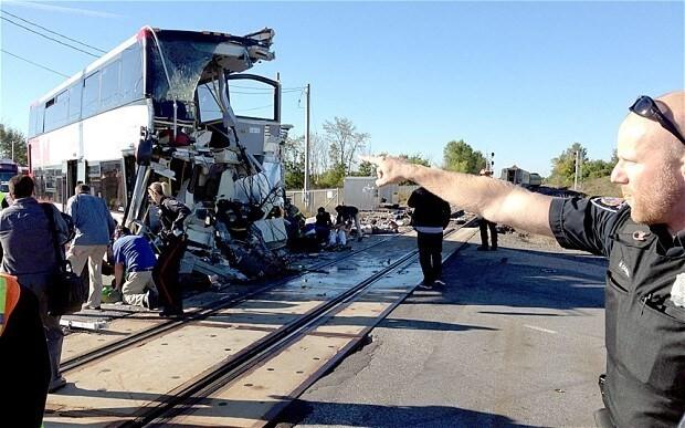 Canada crash: Ottawa train and bus collision kills at least six