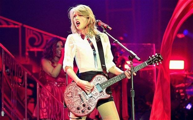 Taylor Swift, O2, review