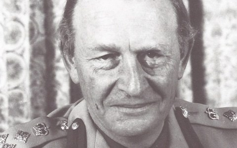 Brigadier Adam Gurdon, charismatic officer who served in Korea, Kenya and helped steer Rhodesia to independence – obituary