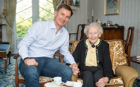 Jeremy Hunt woos Scottish Tories with visit to 99-year-old great aunt and pledge to stop indy ref two