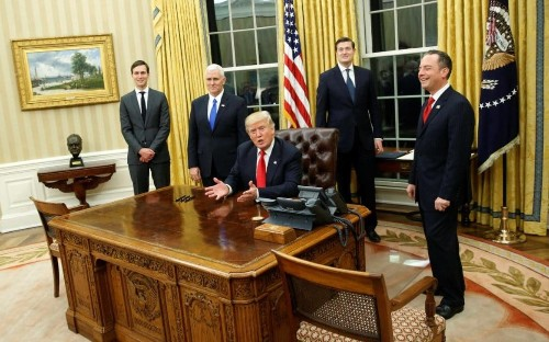 Donald Trump returns Winston Churchill's bust to the Oval Office
