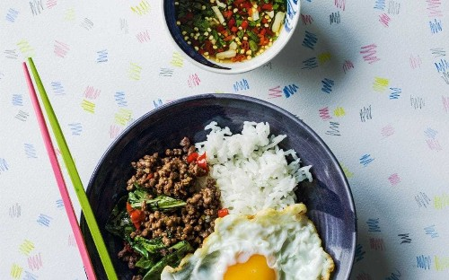 Thai stir-fried minced beef with basil and chilli
