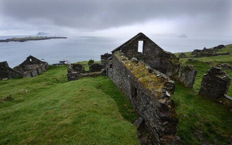 Advert for summer job on remote Irish island attracts 24,000 applications