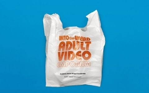 Vancouver grocery store puts embarrassing logos on shopping bags to reduce plastic use