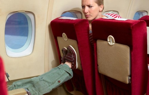 10 ways to entertain kids on planes (without using an iPad)