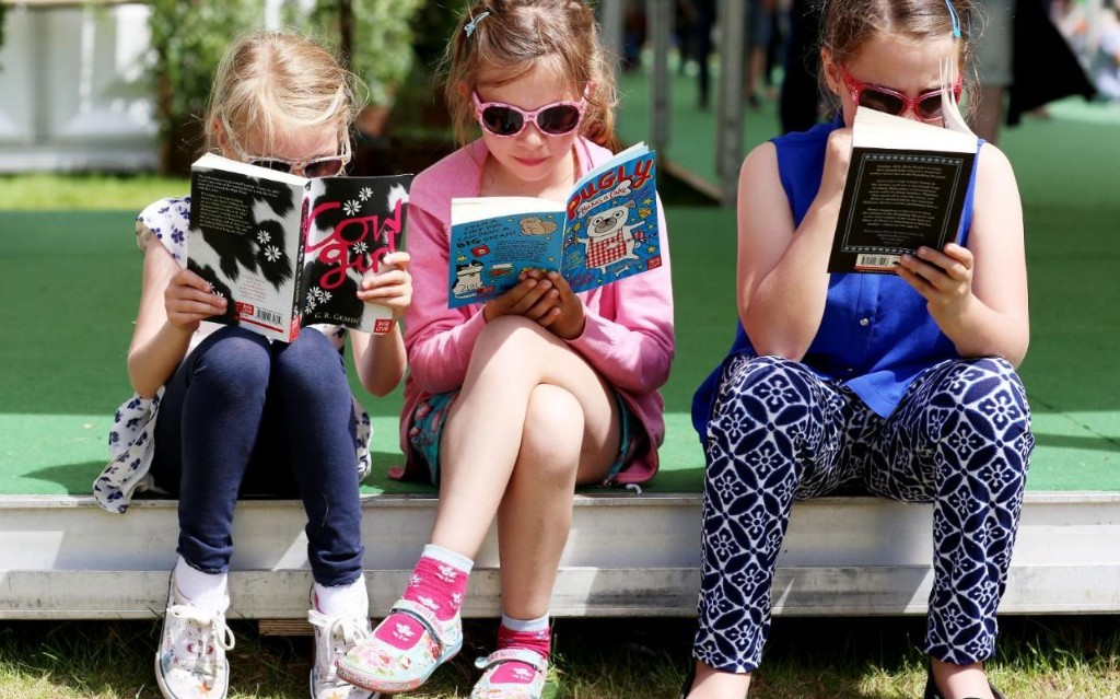 How to bond with your child through reading