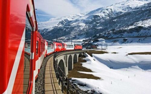 Where to ski along Switzerland's most scenic rail journey