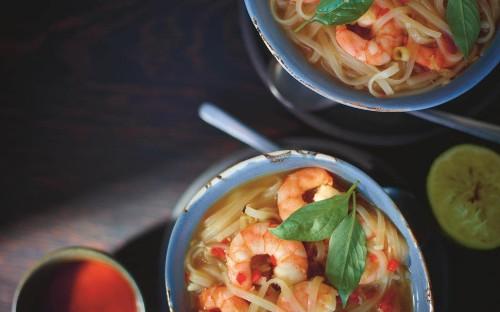 Vietnamese prawn noodle soup