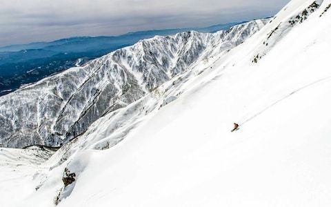 What is splitboarding? Britain's fastest snowboarder finds out