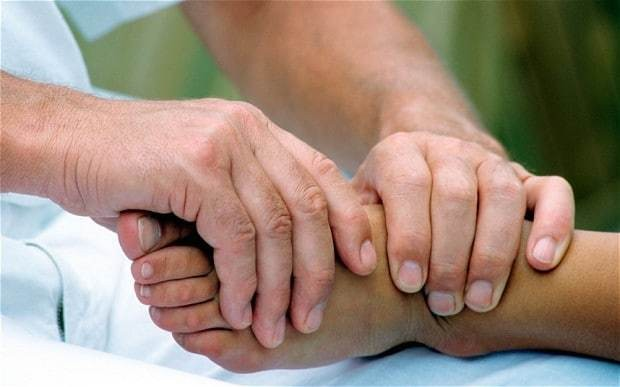 Reflexology 'as effective as pain killers'