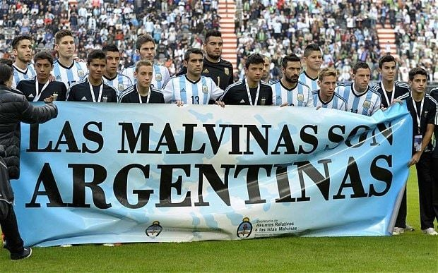 Argentina uses World Cup warm-up to display a banner on its claims to the Falklands