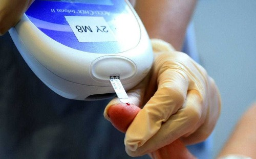 NHS pins hopes on liquid-only diet to reverse diabetes in thousands of overweight adults