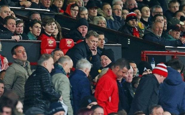 Manchester United players' revolt theatening future of manager David Moyes at Old Trafford after latest defeat