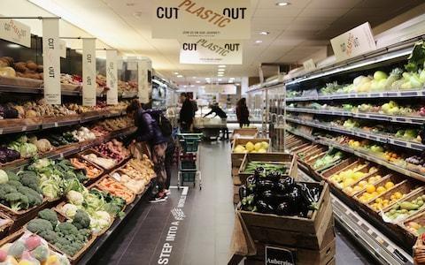 Britain's first plastic-free supermarket zones open