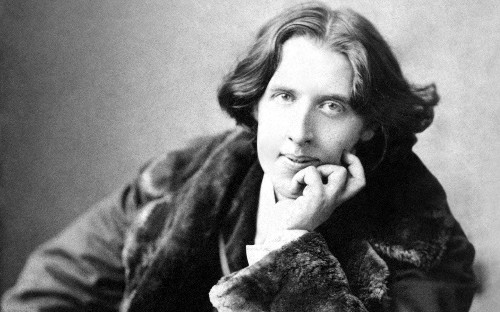 Oscar Wilde's early death was predicted by an Italian fortune teller and the writer agreed he had fulfilled his 'destiny', new documents reveal